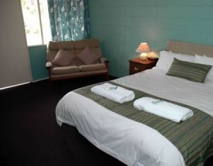 The Bay Motel - Safety Beach - Lightning Ridge Tourism