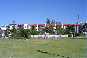 Casablanca Beachfront Apartments - Lightning Ridge Tourism