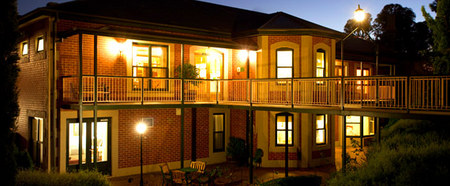 Clare Country Club - Lightning Ridge Tourism