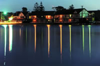 Clan Lakeside Lodge - Lightning Ridge Tourism
