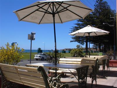 Anchorage At Victor Harbour Seafront Hotel - Lightning Ridge Tourism