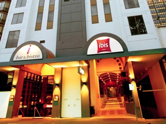 Hotel Ibis Melbourne - Lightning Ridge Tourism