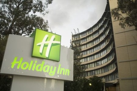 Holiday Inn Melbourne Airport - Lightning Ridge Tourism