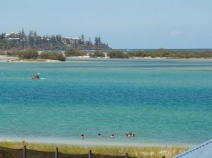 Caloundra Holiday Centre - Lightning Ridge Tourism