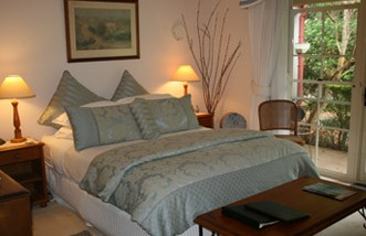 Noosa Valley Manor - Bed And Breakfast - Lightning Ridge Tourism