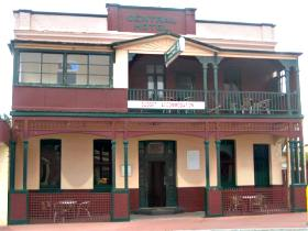 Central Hotel Zeehan - Lightning Ridge Tourism