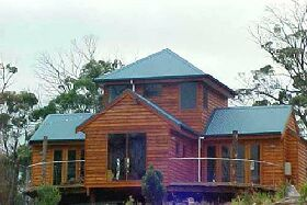 Tree House - The - Lightning Ridge Tourism
