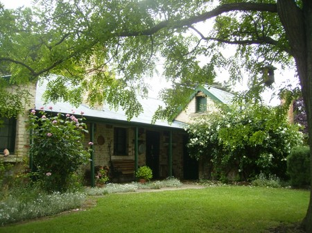 Laurel Cottage - Lightning Ridge Tourism