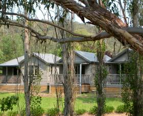 The Homestead Cabins Brogo - Lightning Ridge Tourism