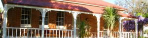 Araluen Old Courthouse Bed and Breakfast - Lightning Ridge Tourism