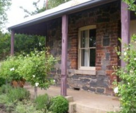 Accommodation Pinn Cottage - Lightning Ridge Tourism