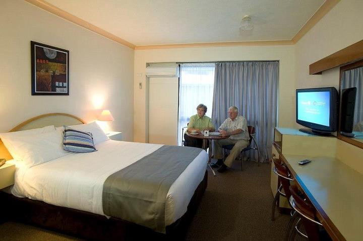 Longreach Motor Inn - Lightning Ridge Tourism