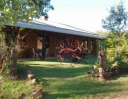 Twilight Grove Farm Bed and Breakfast  - Lightning Ridge Tourism