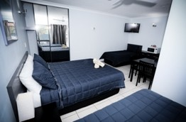 Miami Shore Motel - Lightning Ridge Tourism