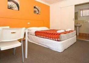 Ocean Blue Motel - Lightning Ridge Tourism