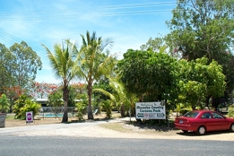 Mareeba Country Caravan Park - Lightning Ridge Tourism