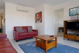 Kings Way Apartments - Lightning Ridge Tourism