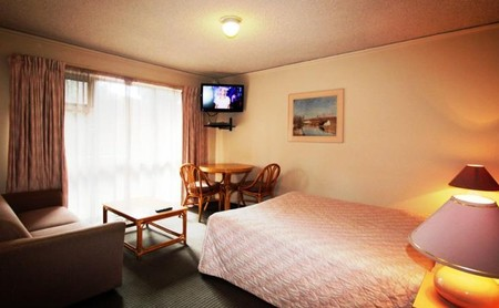 Beaumaris Bay Motel - Lightning Ridge Tourism