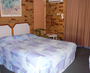 Bribie Island Waterways Motel - Lightning Ridge Tourism