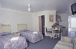Alexandra Serviced Apartments - Lightning Ridge Tourism