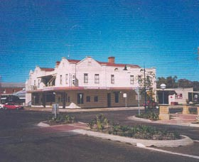 Namoi Hotel Motel - Lightning Ridge Tourism