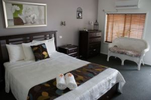 Riverside Motel Karuah  - Lightning Ridge Tourism