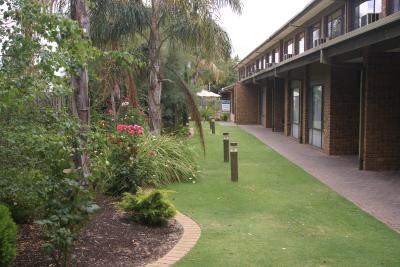 Marion Motel and Apartments - Lightning Ridge Tourism