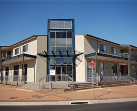 Centrepoint Apartments Griffith - Lightning Ridge Tourism