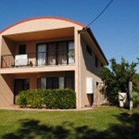 Reef Links Serviced Apartment - Lightning Ridge Tourism