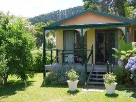 Ripplebrook Cottage - Lightning Ridge Tourism