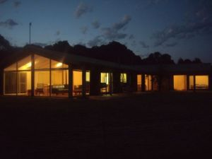 Walkerville South Accommodation - Lightning Ridge Tourism