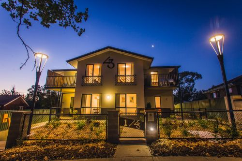 One of a Kind Apartments - Lightning Ridge Tourism