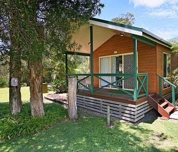 Gateway Lifestyle Lorikeet - Lightning Ridge Tourism