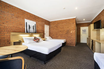 Archer Hotel Nowra - Lightning Ridge Tourism