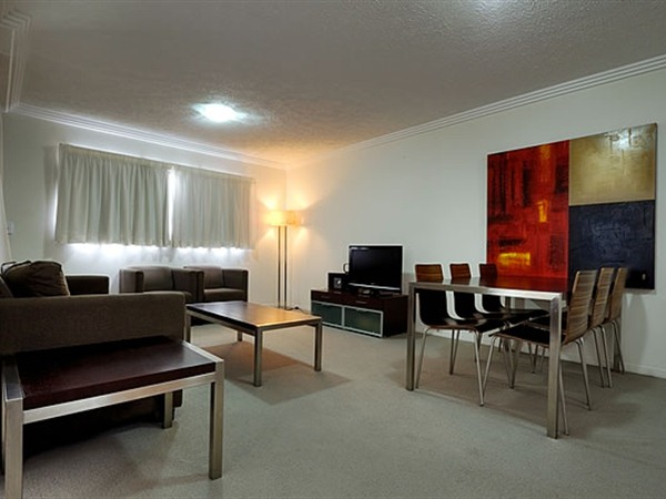 Gabba Central Apartments - Lightning Ridge Tourism