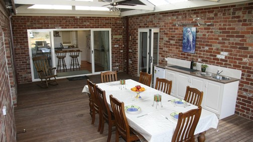 Cabarita Lodge - Lightning Ridge Tourism
