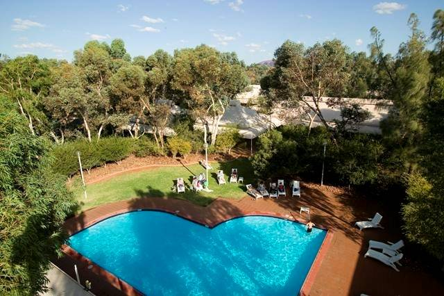 Outback Pioneer Hotel - Lightning Ridge Tourism