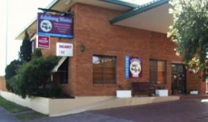 Adelong Motel - Lightning Ridge Tourism