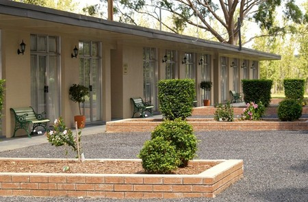 All Seasons Country Lodge - Lightning Ridge Tourism
