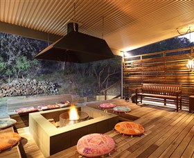 Eliza Fraser Lodge - Lightning Ridge Tourism