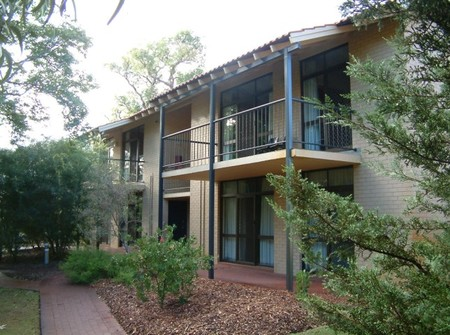 Trinity Conference and Accommodation Centre - Lightning Ridge Tourism
