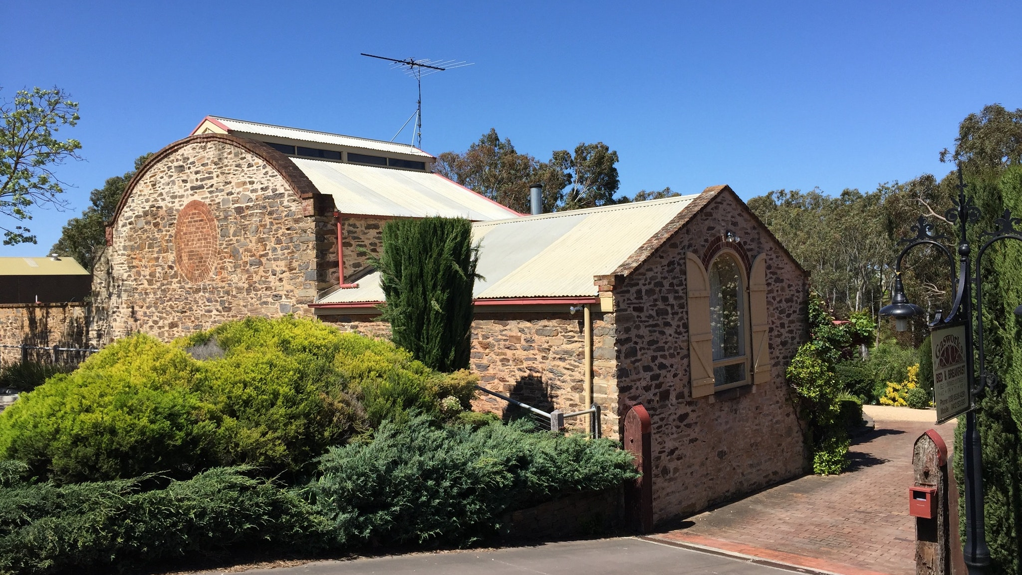 Gasworks Cottages Strathalbyn - Lightning Ridge Tourism