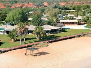 Monkey Mia Dolphin Resort Caravan and Camping - Lightning Ridge Tourism
