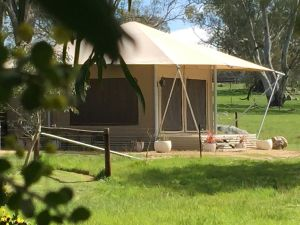 Boongarrie Luxury Tent - Lightning Ridge Tourism