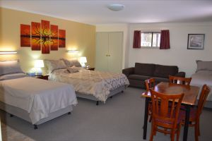 Morgan Colonial Motel - Lightning Ridge Tourism