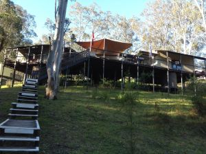 Six Foot Track Lodge - Lightning Ridge Tourism