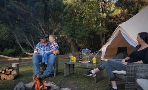 Zeehan Bush Camp - Lightning Ridge Tourism