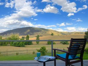 Adelong Valley Farm Stays - Moorallie Cottage - Lightning Ridge Tourism