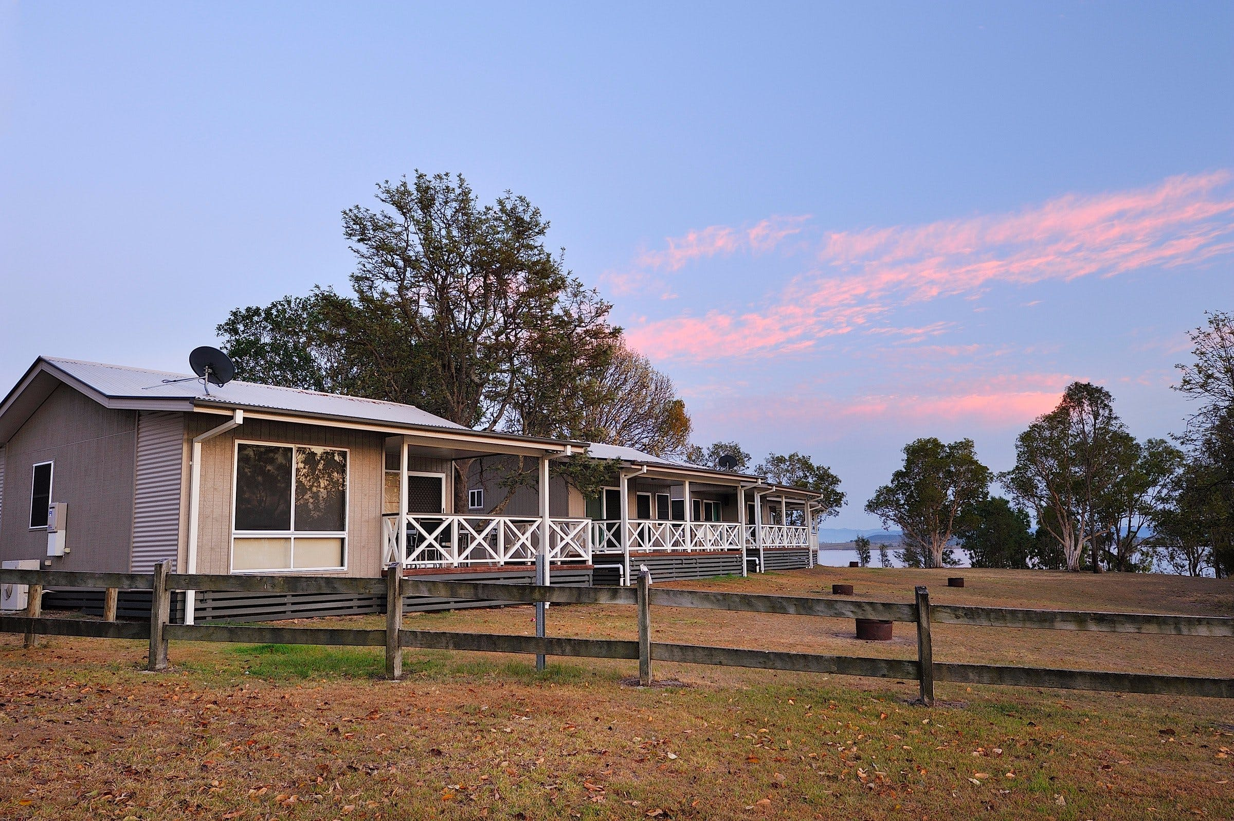 NRMA Lake Somerset Holiday Park - Lightning Ridge Tourism