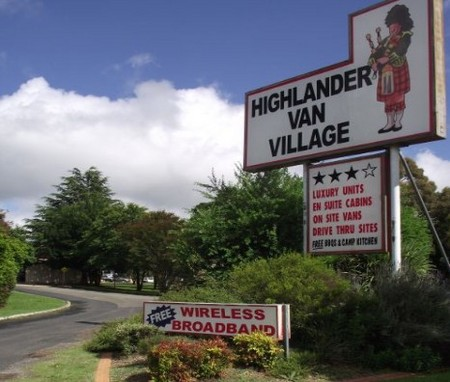 Highlander Van Village - Lightning Ridge Tourism